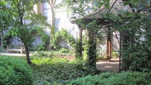 FAC_post_garden